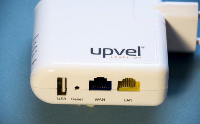 Обзор недорогого Wi-Fi роутера с USB UPVEL UR-322N4G / Превью